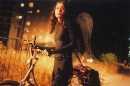 Broken Wings  Alamode Filmverleih