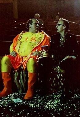 Szenenbild aus 'Abspann oder der Held der Stunde'