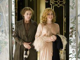 Amy Adams und Frances McDormand in 'Miss Pettigrews...r Tag