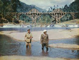 Die Brücke am Kwai mit Alec Guinness und Sessue Hayakawa