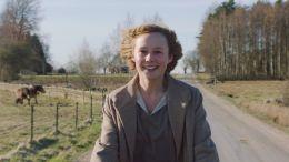 Young Astrid - Alba August als Astrid Lindgren.