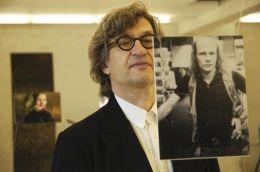Wim Wenders in der Galerie früher Wegbegleiter - Von...Jahre