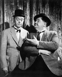 Laurel und Hardy - Dick und Doof als Geheimagenten beim FBI
