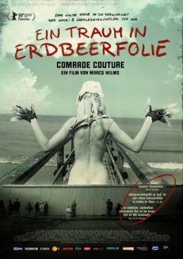 Ein Traum in Erdbeerfolie - Comrade Couture